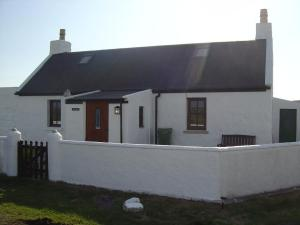 Struthan Cottage, Affordable Tiree Accommodation